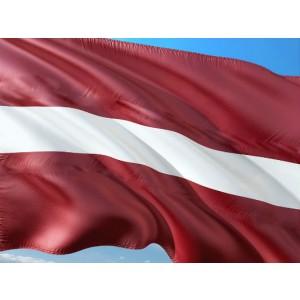 Latvijas valsts karogs 70x140cm uz kāta