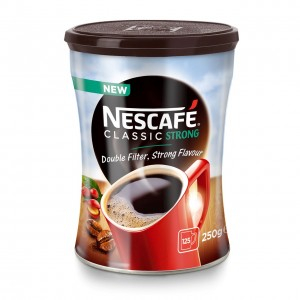NESCAFE CLASSIC Strong šķīstošā kafija metāla kārbā, 250g