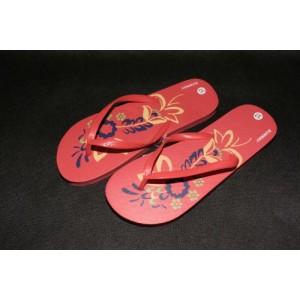 Pludmales apavi sieviešu 36 izmērs sarkans ar rakstu